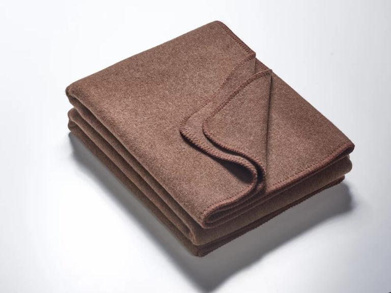 Wolldecken braun mit brauner Kettelung