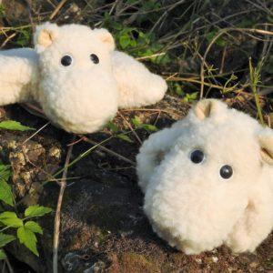 Schafwoll-Kuscheltier Nilpferd mit Kirschkern-Kissen