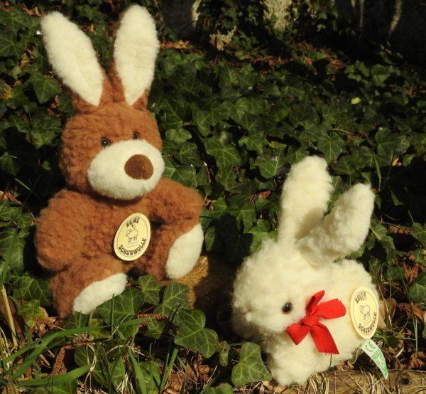 Schafwoll-Kuscheltier Hase