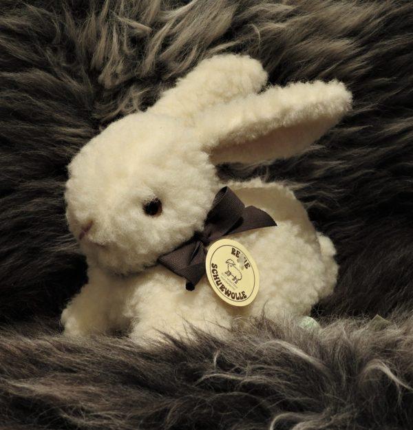 Schafwoll-Kuscheltier Hase weiß L