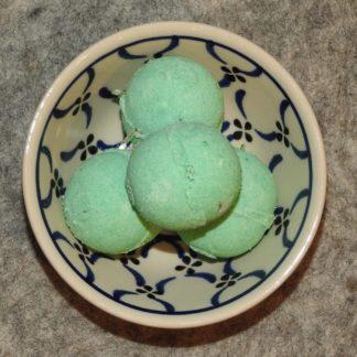 Badepraline mit Schafmilch Eisenkraut