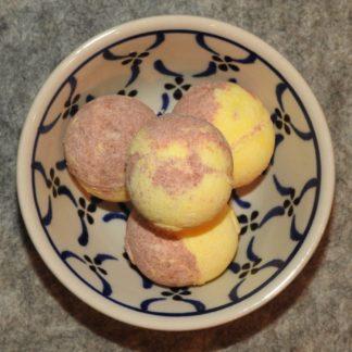 Badepraline mit Schafmilch Vanille-Karamell