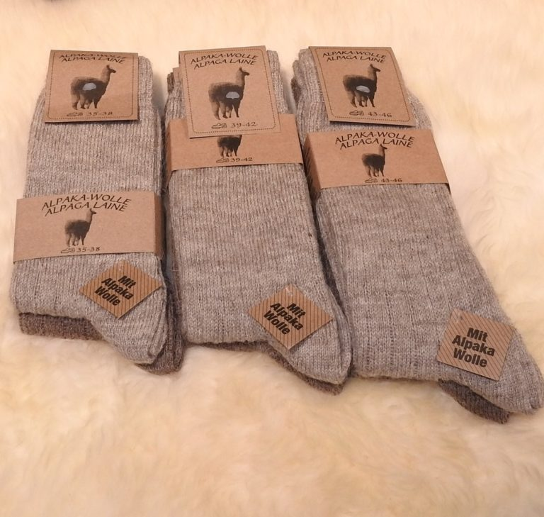 Schafwolle und Alpakawolle Socken